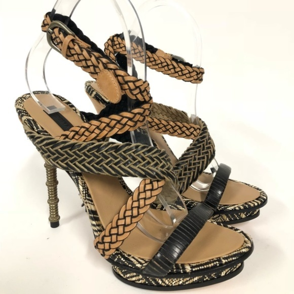 a9b253c59cb BCBGMaxAzria Shoes - BCBG MaxAzria Brown   Black Heel Size 11 NWOB